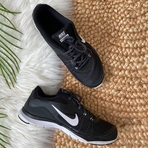 Nike Flex Trainer 5 Black White 724858-001 Shoes
